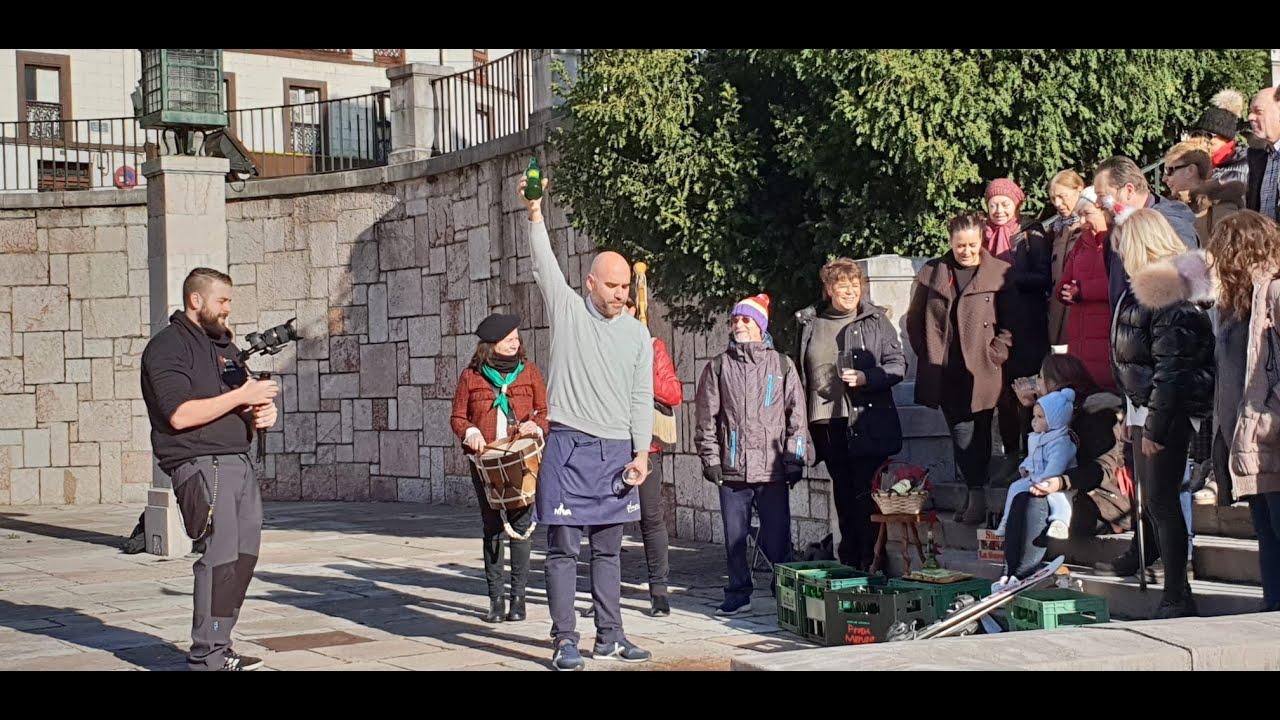 Feliz Navidad 2019 desde Nava, Asturias (España - Spain) - Where is Asturias