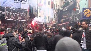Beşiktaş taraftarı derbiye hazırlanıyor