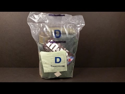 Year 2000 Australian CR1M Vintage 24 Hour Military Food Ration Review Oldest Eaten On YT