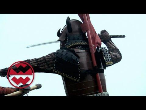 Samuraischwert vs. Deutsches Langschwert - Welt der Wunder
