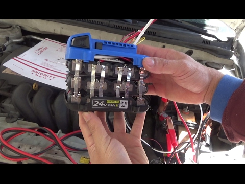 DIY Home made 12V Car Jumpstart battery pack from a Cordless Power