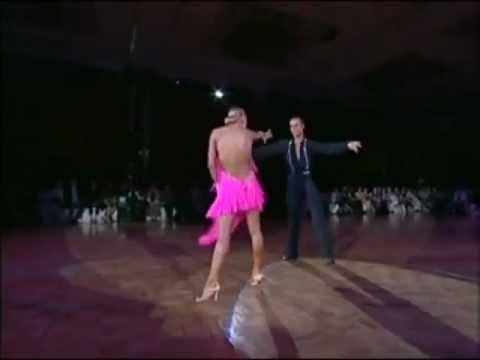 Латина ЮН 2 Визана Данс платья для спортивных бальных танцев