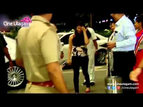 Aishwarya Rai's Daughter Aaradhya's Cute Video