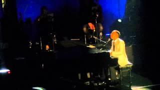 Bridge over troubled water - John Legend Live