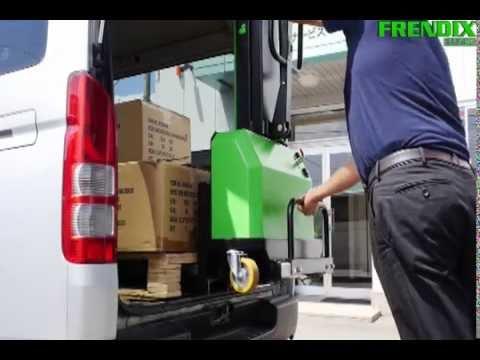 INNOLIFT lasta och lossa gods i din skåpbil - YouTube
