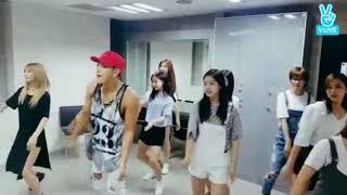 Twice x Jun.K dancing to Think about you jun.k 検索動画 27