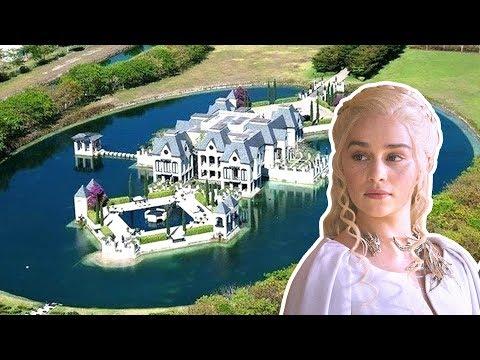 Emilia Clarke's Lifestyle ★ 2018