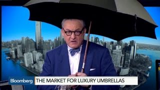 The Luxury Umbrella That Alerts You When You Forget It