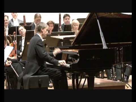 Andrei Pisarev plays Chopin Etude Revolutionnair