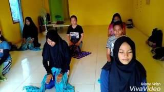 Sekapur sirih traditional dance (tari sekapur sirih jambi by komunitas balangga carika)