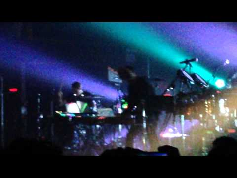 SBTRKT (live) - Temporary View (ft. Sampha). Terminal 5. NYC. LiveANMLZ.com 10/26/2014