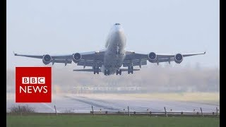 Gatwick drones: Airport reopens after latest suspension - BBC News