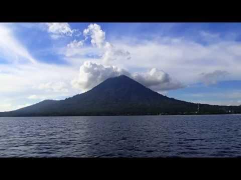 [HD] Ternate, Tidore, Jailolo - North Maluku, Indonesia (Underwater Video)