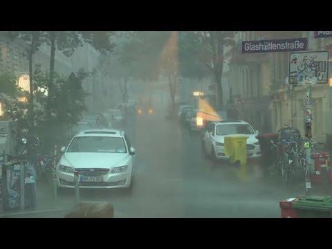 Chaos-Wetter im Norden: Orkanböen, Hagel und Starkregen legen Norddeutschland lahm