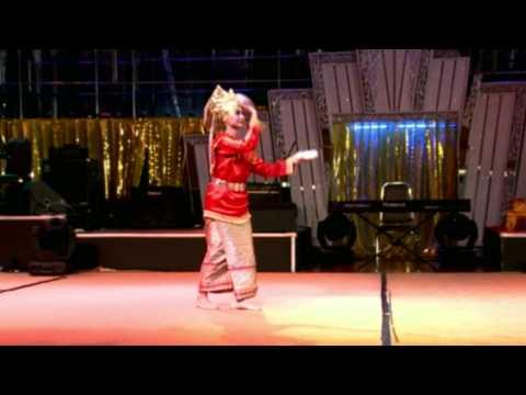 Petunjuk Tari Pring (Dance Instruction)