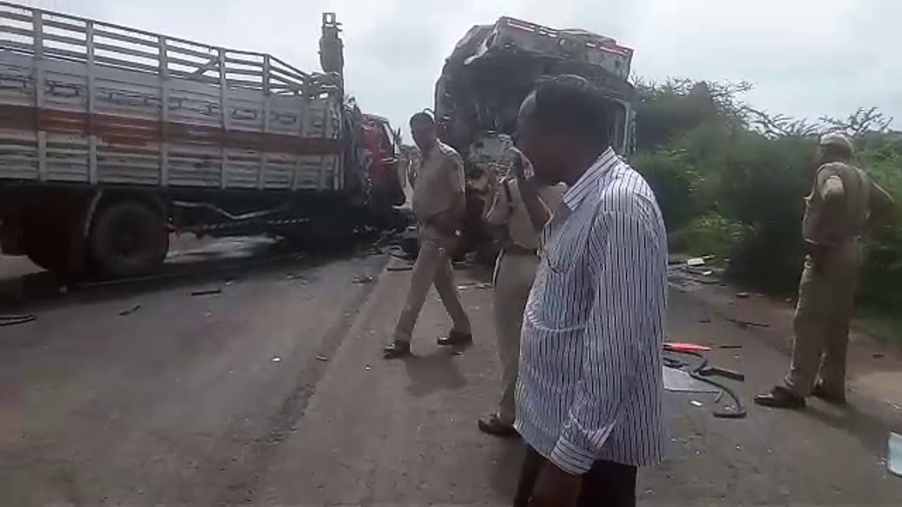 jodhpur: one died and 4 injured in an road accident in jodhpur - youtube