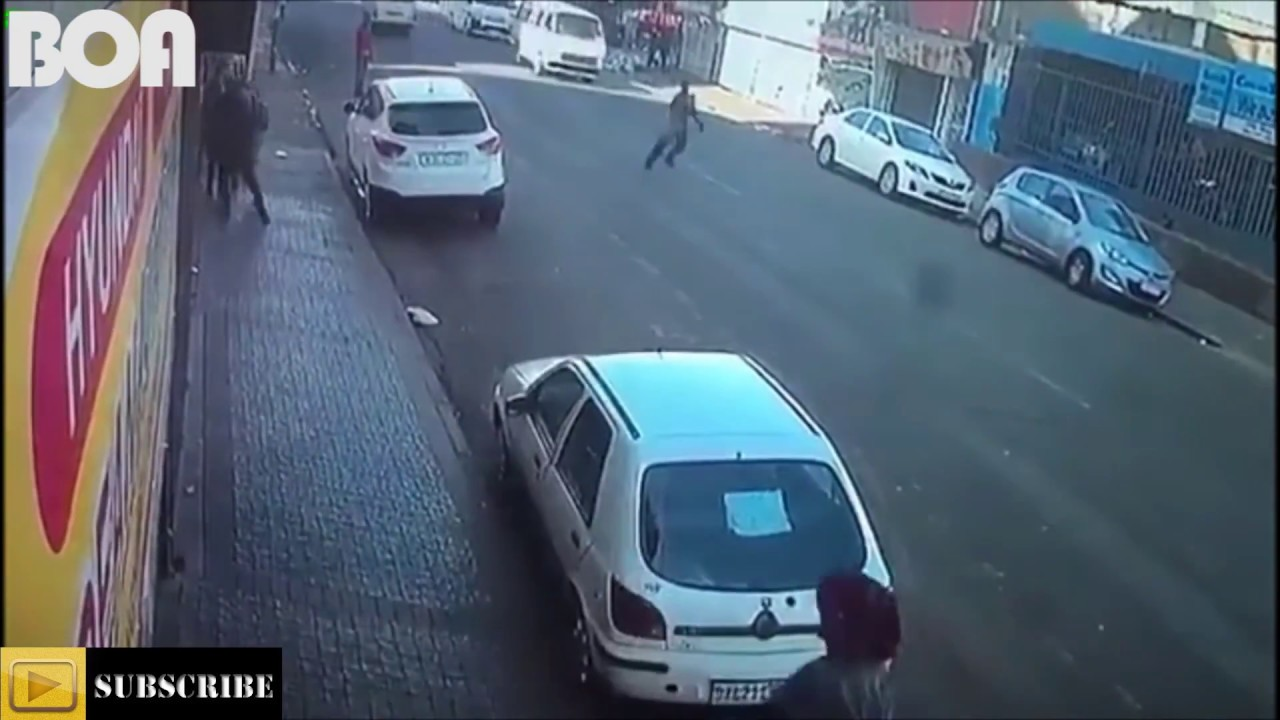 Download MUST WATCH | People getting MUGGED/Robbed in the streets of SOUTH AFRICA
