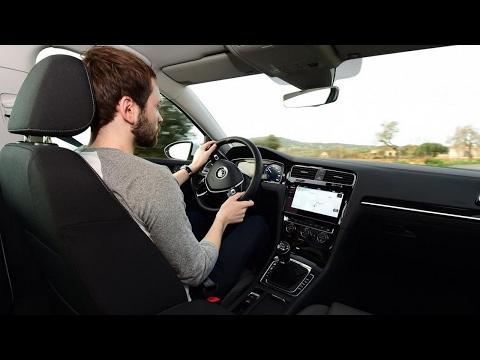 New Volkswagen Golf Estate facelift 2017 Review