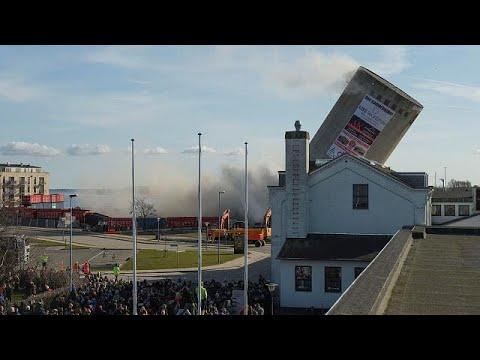 Amazing demolition blooper