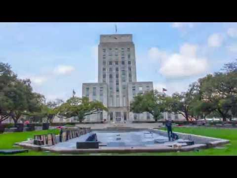 Shell Houston Open 18th hole replica in downtown Houston | MMI Agency