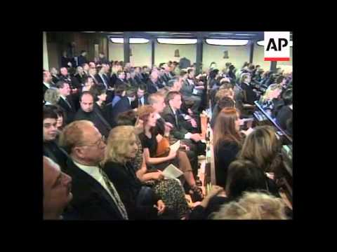 USA: CALIFORNIA: MOURNERS GATHER FOR FUNERAL OF SONNY BONO