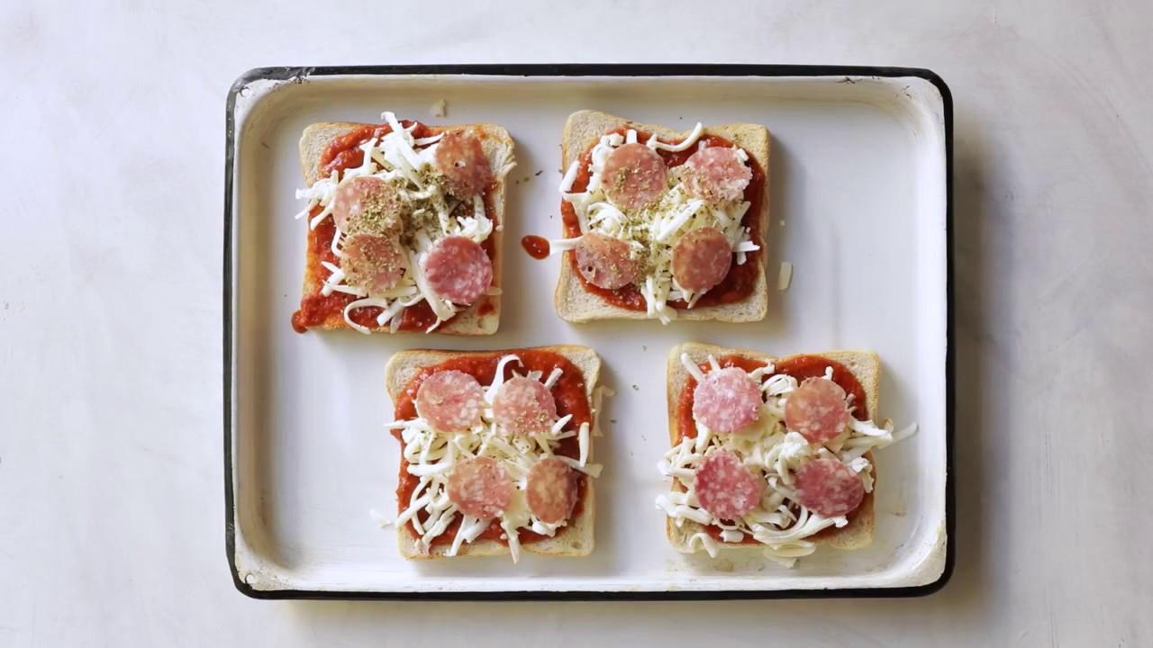 resep jajanan roti tawar  aneka resep terbaik Resepi Roti Pizza Mini Enak dan Mudah