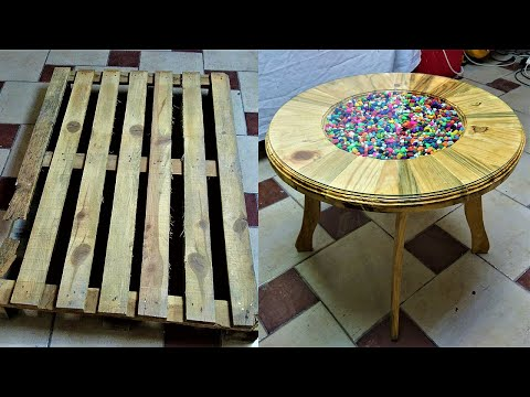 stylish-design-coffee-table-making-from-old-pallet-boards---wise-crafts