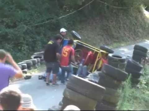 Accidente espectacular de Miguel Ángel Grau en Seares 2010