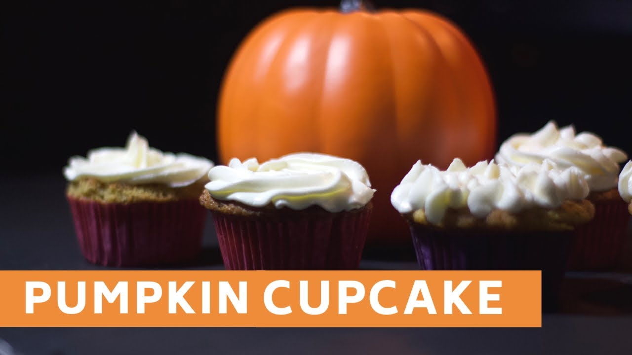 Low carb PUMPKIN Cupcakes & Cheese Cream Frosting !