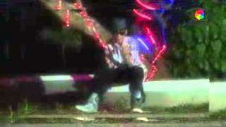Sari Feat E-mooz - Seka-seka Wow