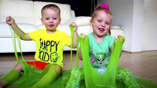 Gaby Alex and Mommy playing with Giant colorful Slime for kids