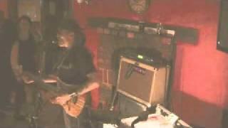 RED LION PUB WOODBRIDGE - MICKEY FLYNN playing SWEET HOME ALABAMA