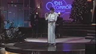 Des O'Connor Tonight - 23-12-1986 - Shirley Bassey and Freddie Starr - part 2