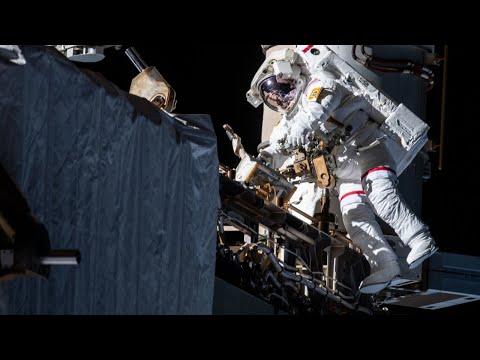 Astronautas realizam caminhada espacial para consertar um experimento crucial de matéria escura - Gizmodo Brasil