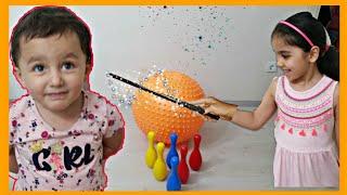 Yüsra Ve Arkadası Sihirli Büyük Balonla Oynadılar | Magic Big Balls | Eğlenceli Çocuk Videosu