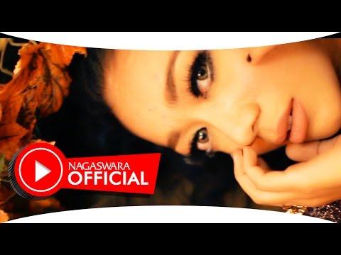 Monica Selvia - Cinta Sekejap - Official Music Video - NAGASWARA