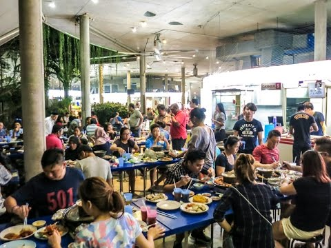 Beau Street Food At Satay By The Bay Hawker Centre Gardens By The Bay In  Singapore