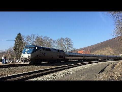Amtrak HD 60 FPS: GE Genesis P42DC 180 Leads Pennsylvanian Train 43 @ Tyrone PA (4/15/16)