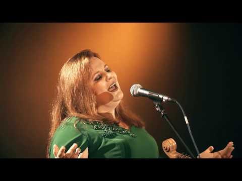 Zoriana Grzybowska śpiewa