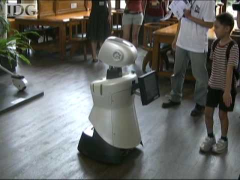 Taiwan University students build tour guide robot