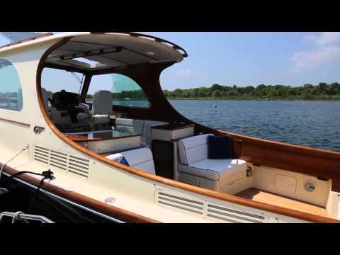 Hinckley MKIII Picnic Boat