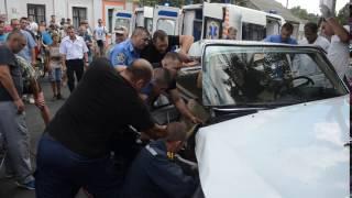Измаил: ДТП на Белгород-Днестровской. 26 августа(видео: Ирина Золотарева., 2016-08-26T14:11:30.000Z)