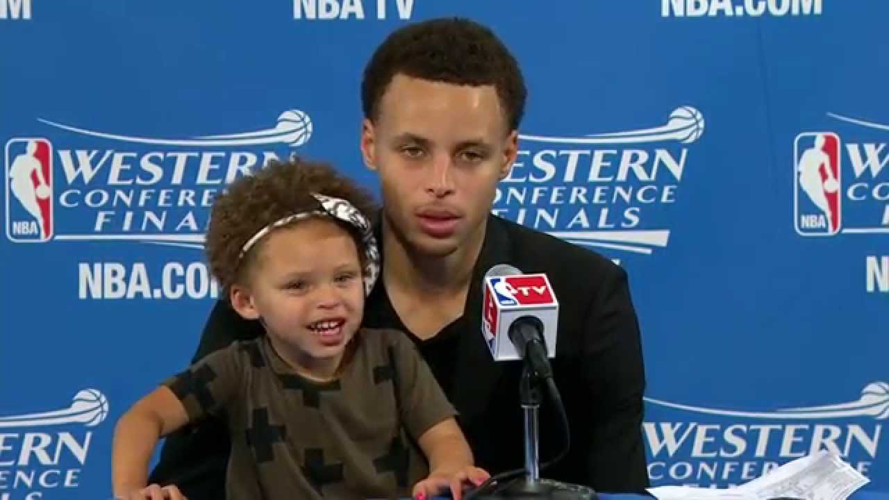 0a50cb1e7a39 Steph Curry s Daughter Riley Steals the Show - YouTube