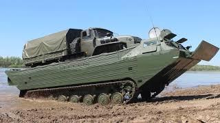 Переправа военной техники ЦВО через реку Белая в рамках проверки боеготовности