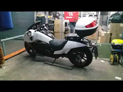 HONDA NM4 ตัวเจ๋งกับชุดแร็คท้าย ตรงรุ่น PANTHER MOTO + กล่อง KAPPA K46B900 ฝาขาว