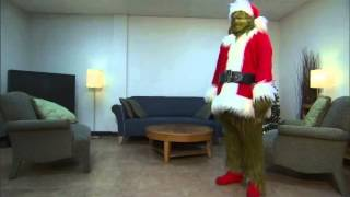The Grinch Prepares for Christmas at Universal Studios