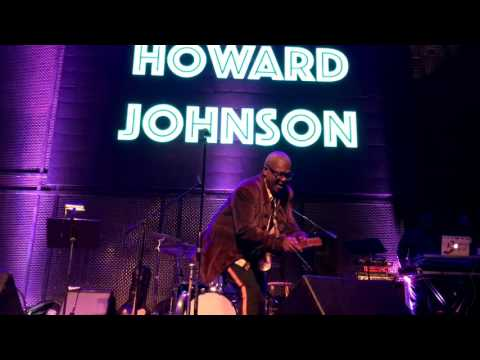 That Look - Howard Johnson @ Music Box  (Smooth Jazz Family)