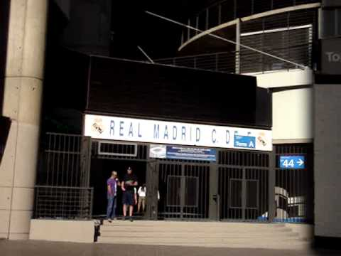 puerta de ingreso al santiago bernabeu youtube