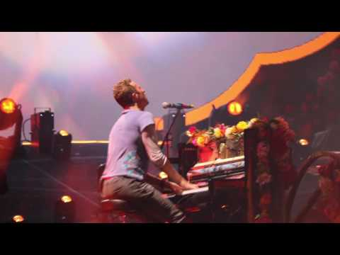 Coldplay - The Scientist (Melbourne 10/12/16)