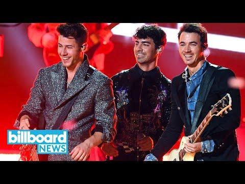 Jonas Brothers Light Up 2019 BBMAs With Dynamic Comeback Mashup | Billboard News Mp3